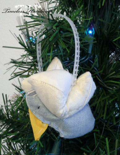 #QF02 Little Bird Ornament To Sew